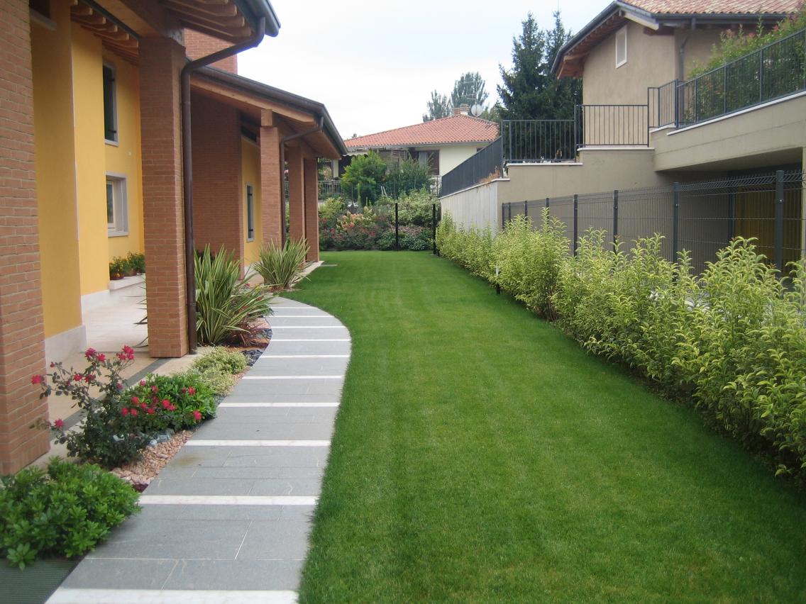 Isoni giardini i giardinieri di verona - Ingresso giardino ...
